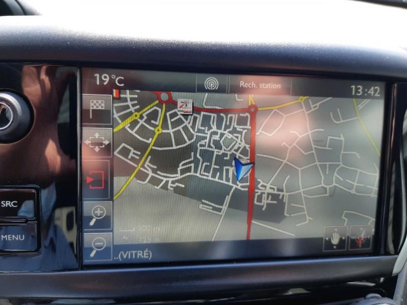 Photo 14 de l'offre de PEUGEOT 208 1.2 PURETECH 110CH GT LINE S&S EAT6 5CV 5P à 13790€ chez Carlyss automobiles Vitré