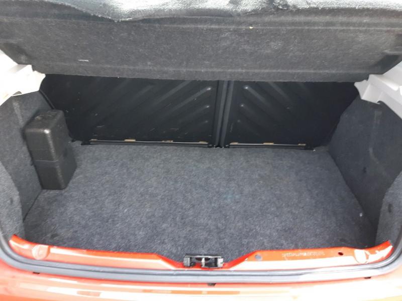 Photo 8 de l'offre de PEUGEOT 206 + 1.4 ACCESS 3P à 5290€ chez Carlyss automobiles Vitré