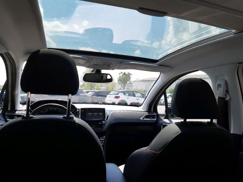 Photo 7 de l'offre de PEUGEOT 208 1.2 PURETECH 110CH GT LINE S&S EAT6 5CV 5P à 13790€ chez Carlyss automobiles Vitré