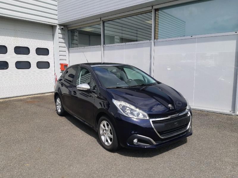 Peugeot 208 1.2 PURETECH 82CH STYLE 5P Essence DARK BLUE Occasion à vendre