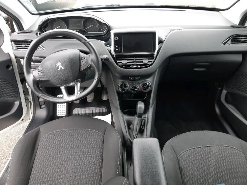 Photo 8 de l'offre de PEUGEOT 208 1.2 PURETECH 82CH ACTIVE 5P à 10490€ chez Carlyss automobiles Vitré