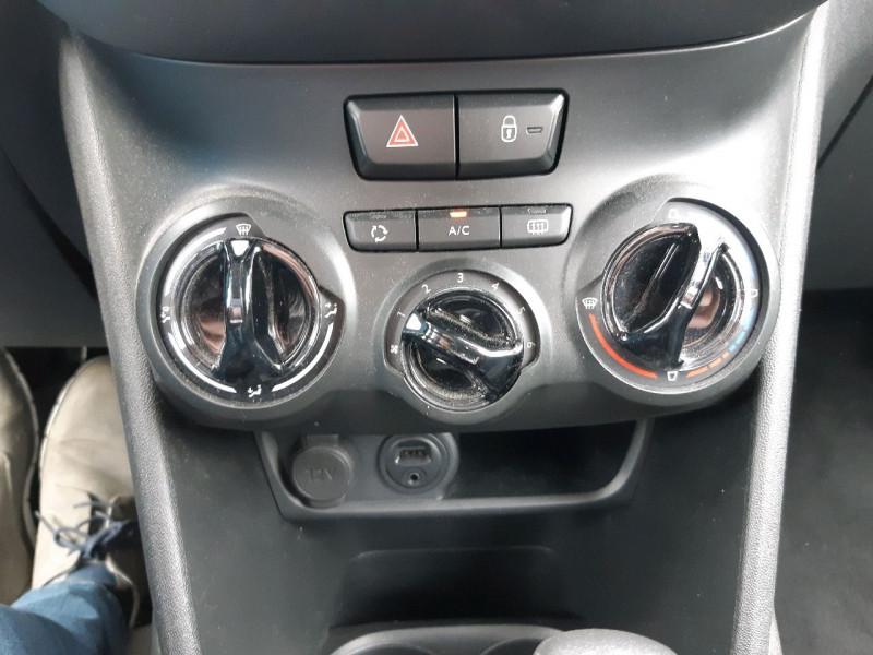 Photo 9 de l'offre de PEUGEOT 208 1.2 PURETECH 82CH ACTIVE 5P à 10490€ chez Carlyss automobiles Vitré