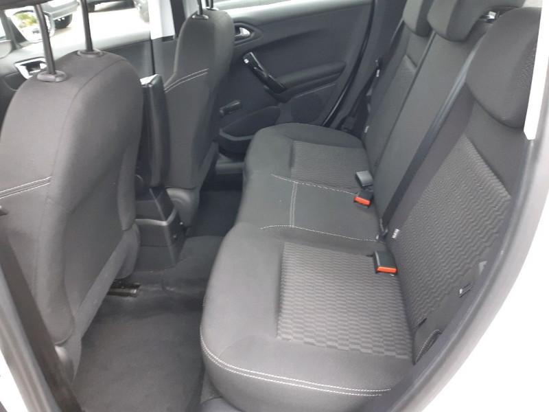 Photo 7 de l'offre de PEUGEOT 208 1.2 PURETECH 82CH ACTIVE 5P à 10490€ chez Carlyss automobiles Vitré