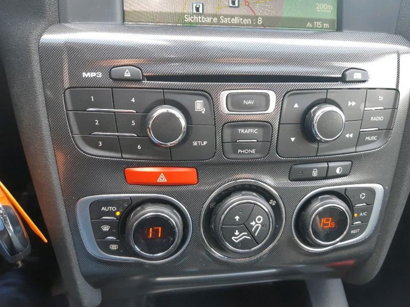 Photo 11 de l'offre de CITROEN C4 2.0 HDI 150 FAP EXCLUSIVE à 9490€ chez Carlyss automobiles Vitré