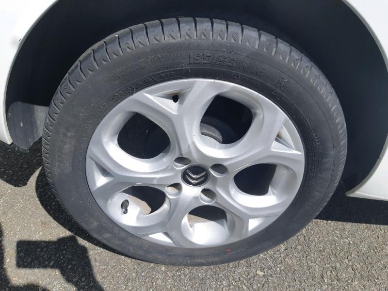 Photo 4 de l'offre de CITROEN C3 BLUEHDI 75 EXCLUSIVE à 9790€ chez Carlyss automobiles Vitré