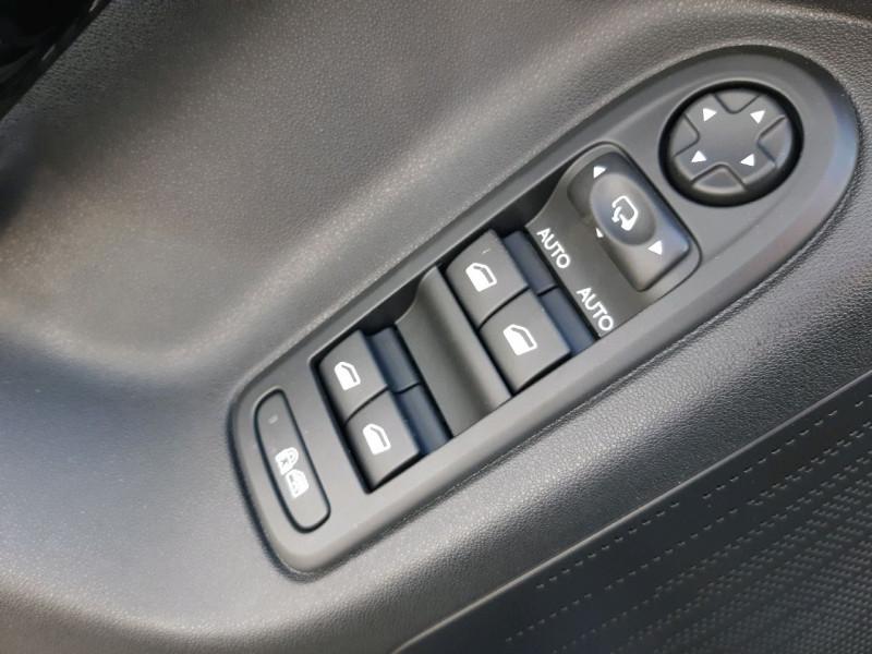 Photo 13 de l'offre de CITROEN C3 1.2 PURETECH SELECTION à 8490€ chez Carlyss automobiles Vitré