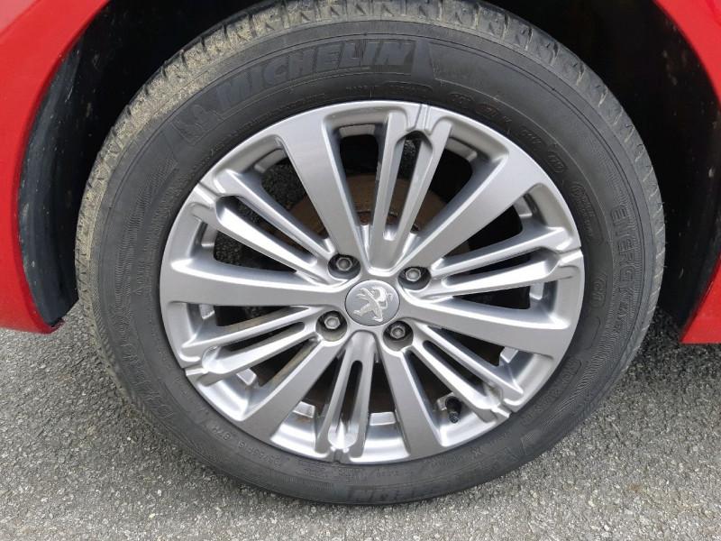 Photo 4 de l'offre de PEUGEOT 208 1.6 BLUEHDI 120CH ALLURE S&S 5P à 11490€ chez Carlyss automobiles Vitré