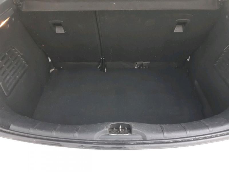 Photo 13 de l'offre de CITROEN C3 1.6 BLUEHDI100 CONFORT BUSINESS S&S 79G à 8990€ chez Carlyss automobiles Vitré