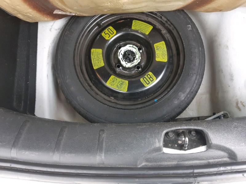 Photo 12 de l'offre de CITROEN C3 1.6 BLUEHDI100 CONFORT BUSINESS S&S 79G à 8990€ chez Carlyss automobiles Vitré