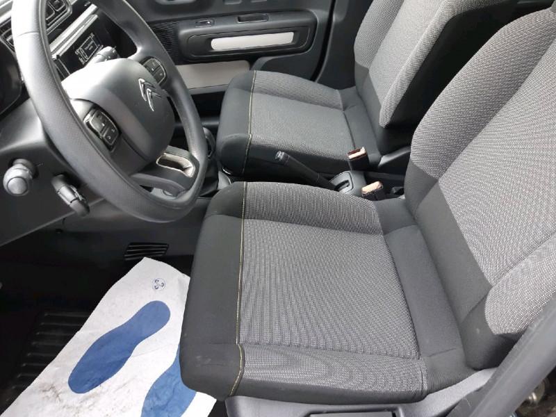 Photo 5 de l'offre de CITROEN C3 PURETECH 68CH FEEL à 10490€ chez Carlyss automobiles Vitré