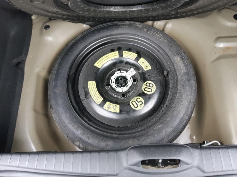 Photo 9 de l'offre de PEUGEOT 208 1.6 BLUEHDI 100CH STYLE 3P à 9790€ chez Carlyss automobiles Vitré