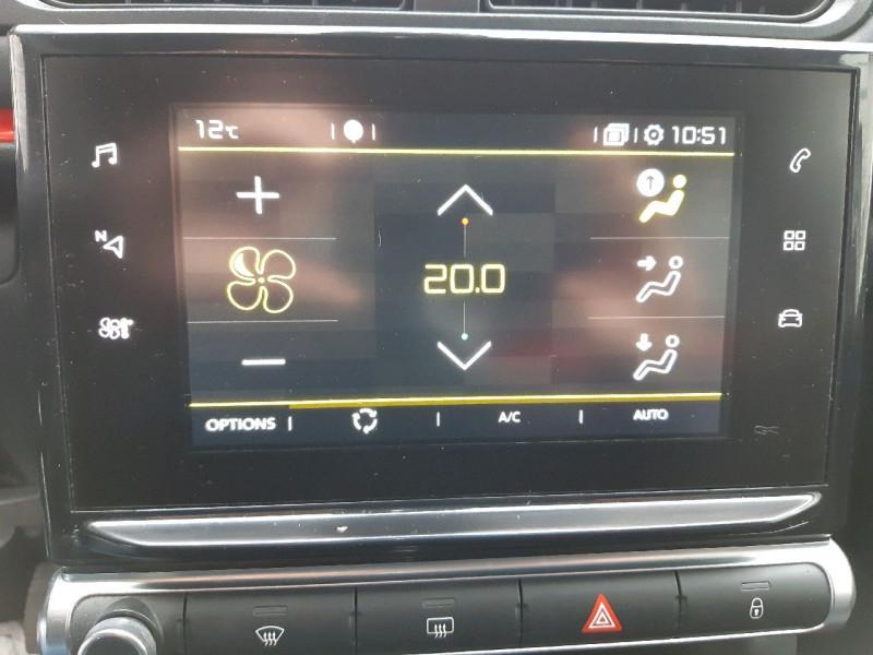 Photo 12 de l'offre de CITROEN C3 PURETECH 82CH SHINE BUSINESS à 11990€ chez Carlyss automobiles Vitré