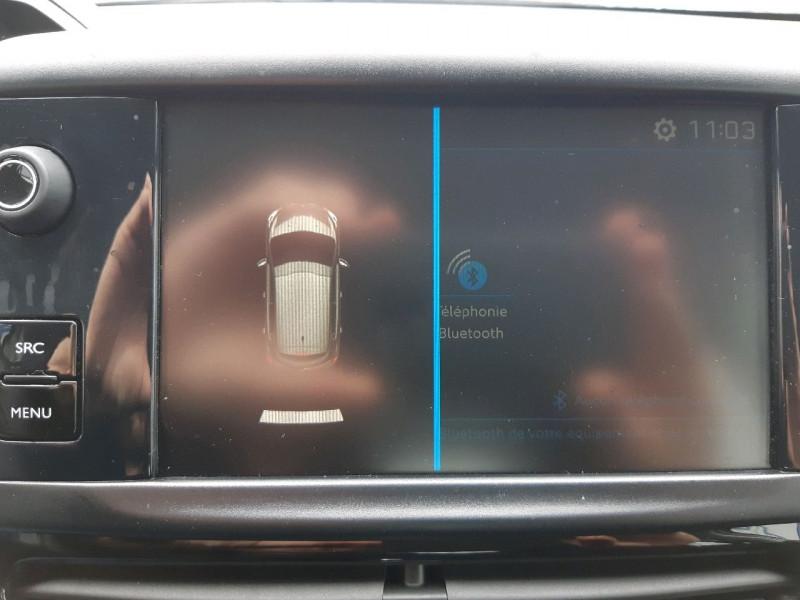 Photo 13 de l'offre de PEUGEOT 208 1.2 PURETECH 82CH ACTIVE 5P à 9290€ chez Carlyss automobiles Vitré