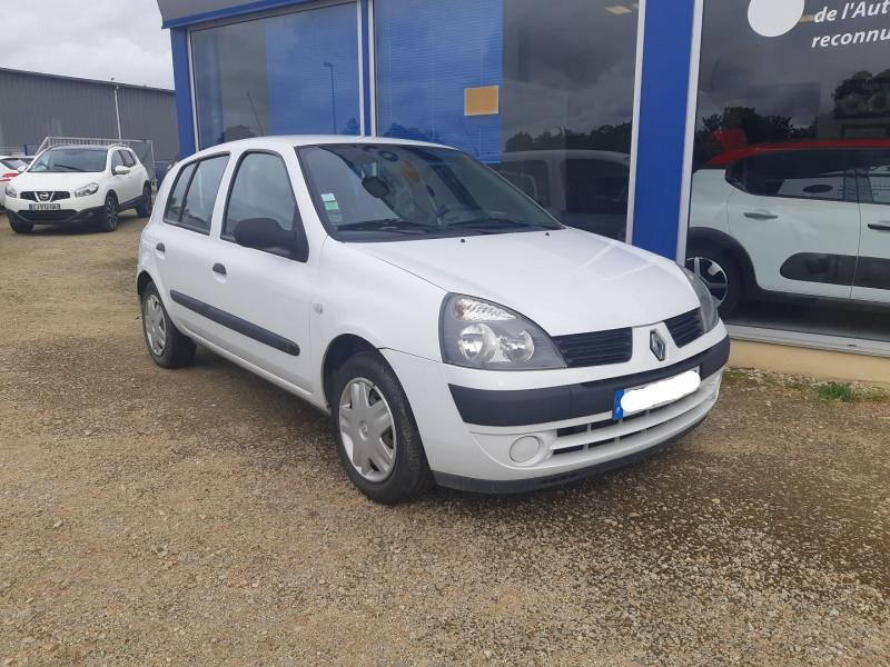 Renault CLIO II 1.2 60CH CAMPUS 5P Essence BLANC Occasion à vendre