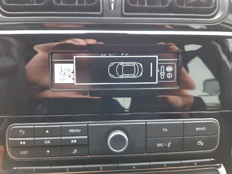 Photo 6 de l'offre de CITROEN C3 PURETECH 68CH FEEL à 10490€ chez Carlyss automobiles Vitré
