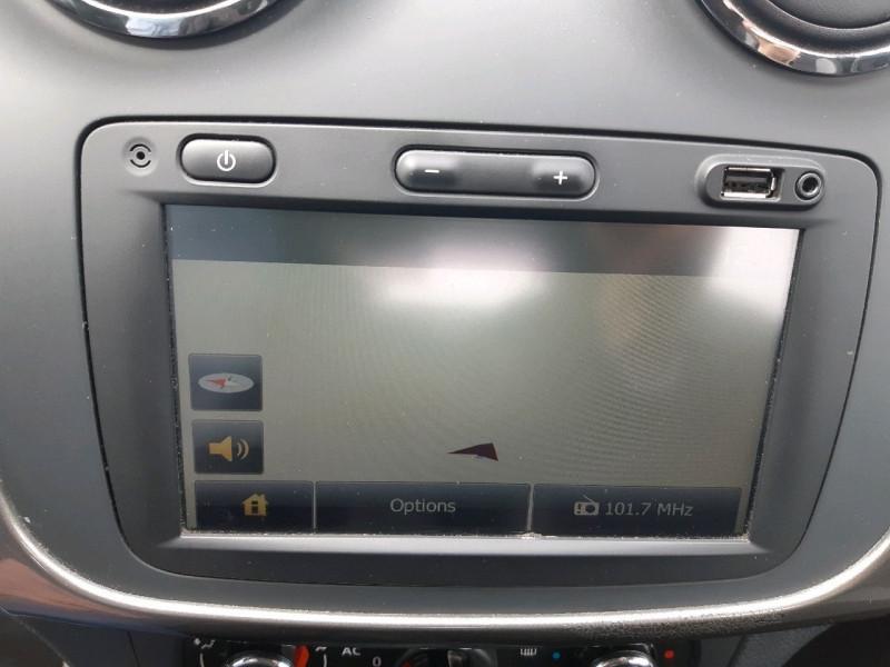 Photo 10 de l'offre de DACIA SANDERO 0.9 TCE 90CH STEPWAY PRESTIGE à 8490€ chez Carlyss automobiles Vitré