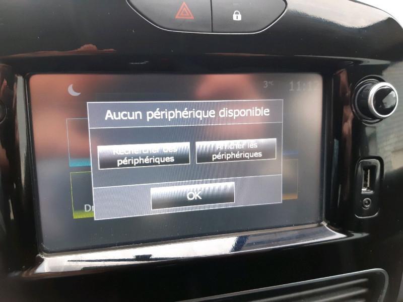 Photo 10 de l'offre de RENAULT CLIO IV ESTATE 0.9 TCE 90CH ENERGY BUSINESS à 11490€ chez Carlyss automobiles Vitré