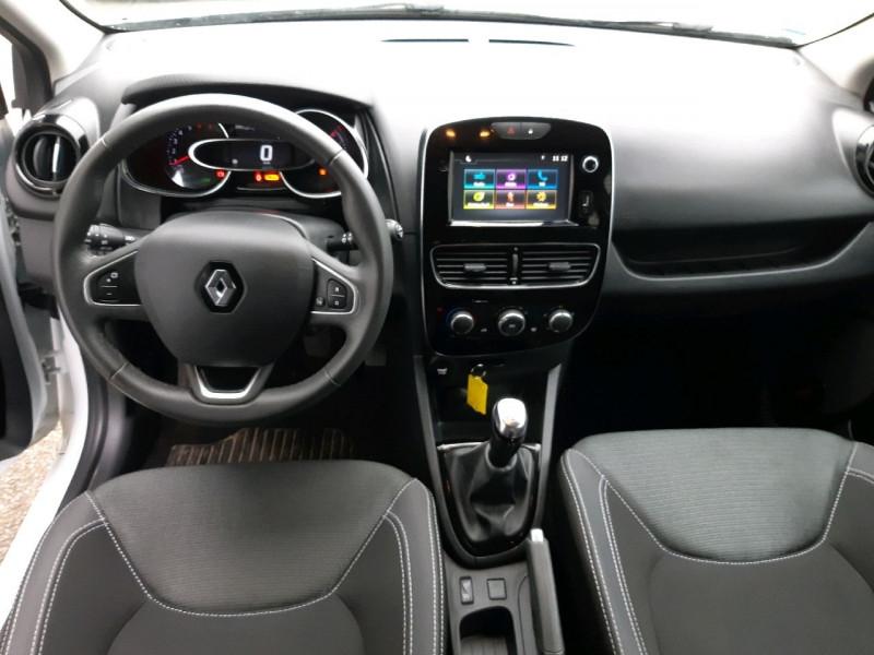 Photo 7 de l'offre de RENAULT CLIO IV ESTATE 0.9 TCE 90CH ENERGY BUSINESS à 11490€ chez Carlyss automobiles Vitré