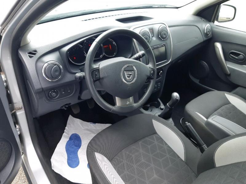 Photo 6 de l'offre de DACIA SANDERO 0.9 TCE 90CH STEPWAY PRESTIGE à 8490€ chez Carlyss automobiles Vitré