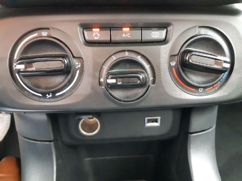Photo 7 de l'offre de CITROEN C3 PURETECH 68CH FEEL à 10490€ chez Carlyss automobiles Vitré