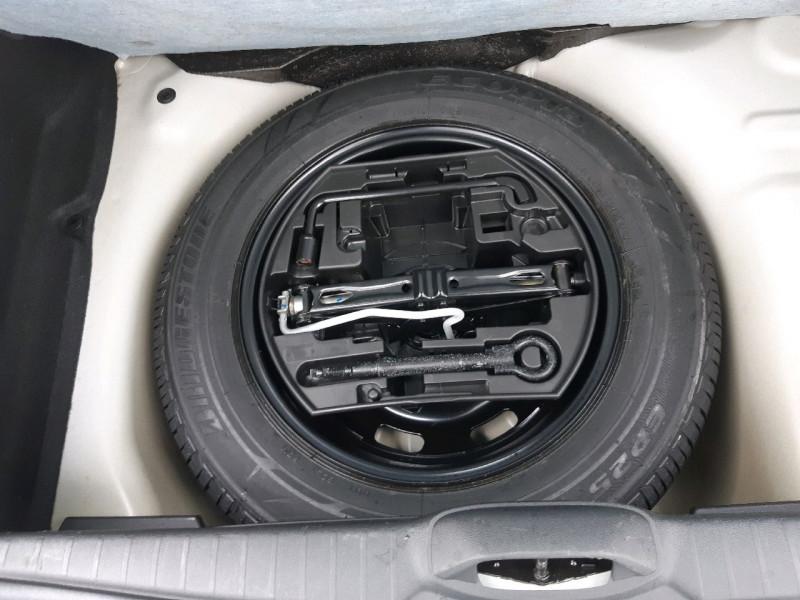 Photo 8 de l'offre de PEUGEOT 208 1.2 PURETECH 82CH ACTIVE 5P à 9290€ chez Carlyss automobiles Vitré