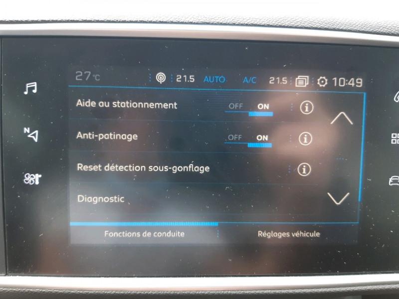 Photo 12 de l'offre de PEUGEOT 308 1.5 BLUEHDI 130CH S&S STYLE à 17990€ chez Carlyss automobiles Vitré