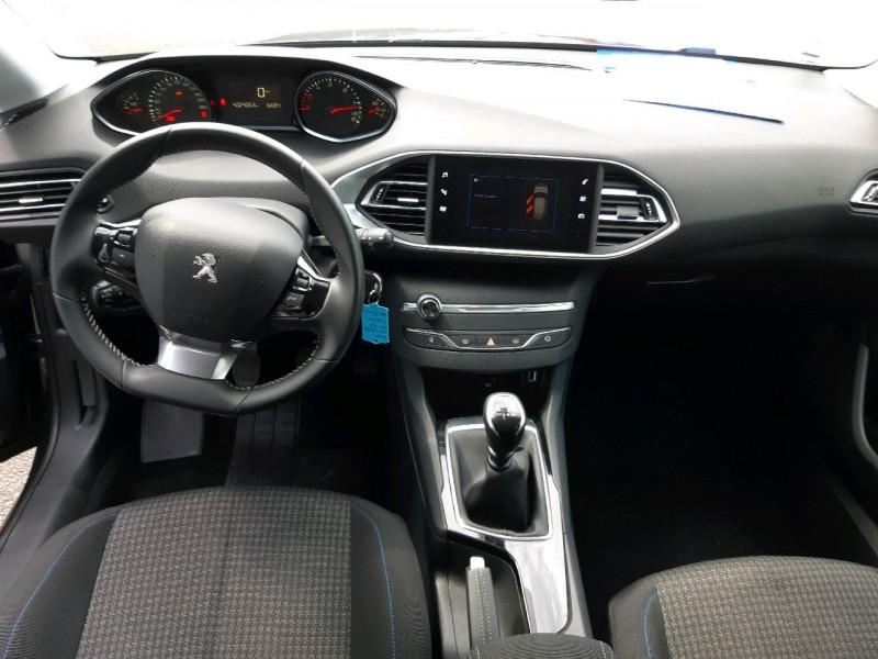Photo 8 de l'offre de PEUGEOT 308 1.5 BLUEHDI 130CH S&S STYLE à 17990€ chez Carlyss automobiles Vitré