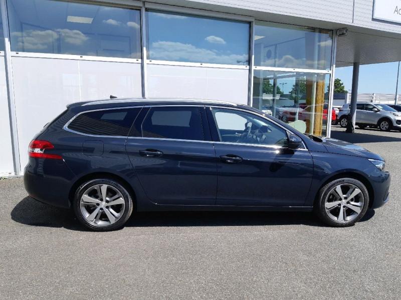 Photo 2 de l'offre de PEUGEOT 308 SW 1.5 BLUEHDI 130CH S&S ALLURE à 20990€ chez Carlyss automobiles Vitré