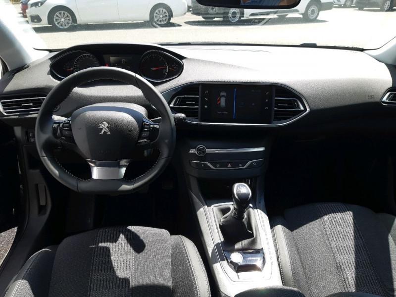 Photo 9 de l'offre de PEUGEOT 308 SW 1.5 BLUEHDI 130CH S&S ALLURE à 20990€ chez Carlyss automobiles Vitré