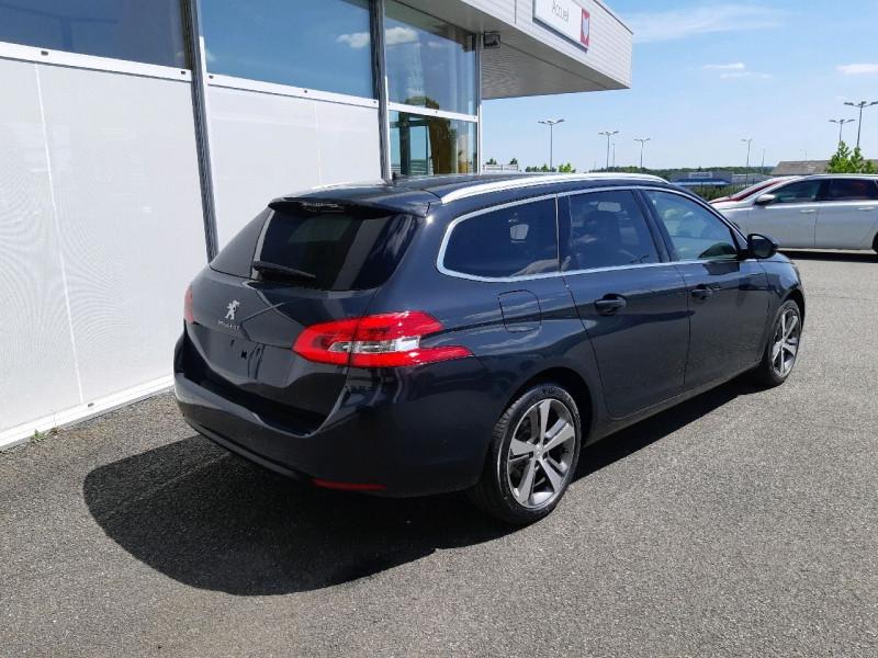 Photo 3 de l'offre de PEUGEOT 308 SW 1.5 BLUEHDI 130CH S&S ALLURE à 20990€ chez Carlyss automobiles Vitré