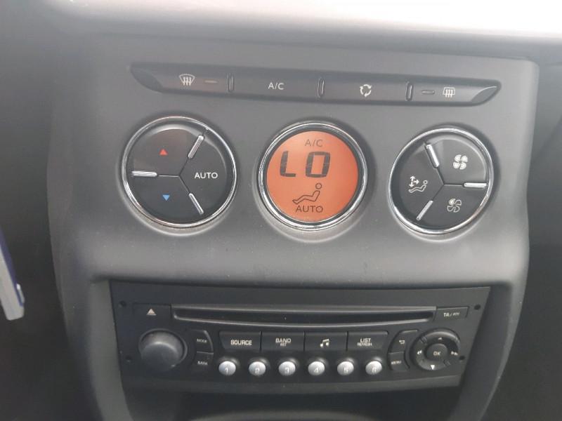 Photo 8 de l'offre de CITROEN DS3 1.2 VTI PURETECH SO CHIC à 8490€ chez Carlyss automobiles Vitré