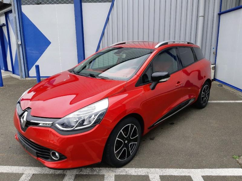 Photo 2 de l'offre de RENAULT CLIO IV ESTATE 0.9 TCE 90CH ENERGY ZEN ECO² à 7990€ chez Carlyss automobiles Vitré