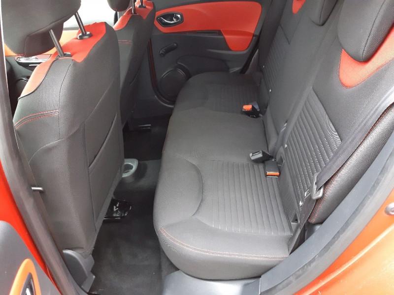 Photo 8 de l'offre de RENAULT CLIO IV ESTATE 0.9 TCE 90CH ENERGY ZEN ECO² à 7990€ chez Carlyss automobiles Vitré