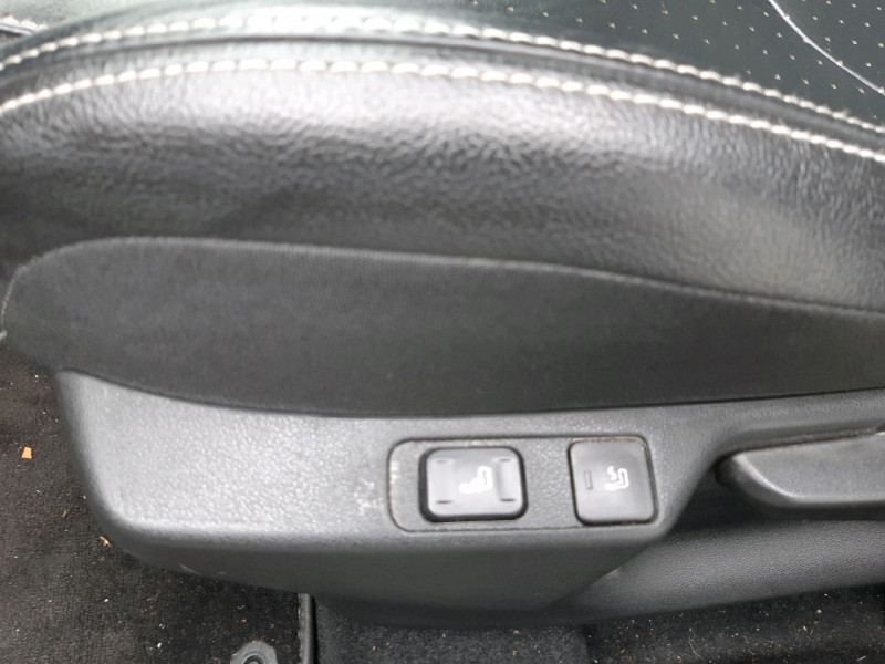 Photo 9 de l'offre de CITROEN DS4 2.0 BLUEHDI 150CH EXECUTIVE S&S à 12490€ chez Carlyss automobiles Vitré