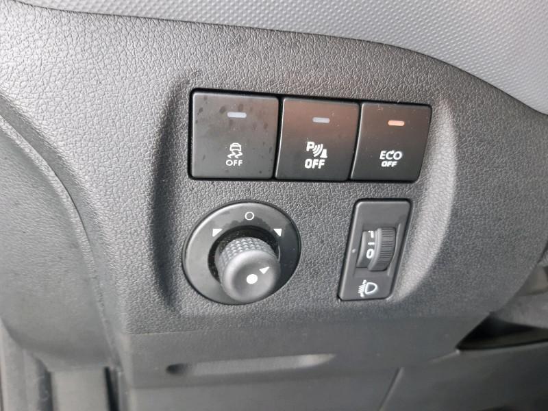 Photo 8 de l'offre de PEUGEOT PARTNER LONG 1.6 BLUEHDI 120CH S&S PREMIUM à 14290€ chez Carlyss automobiles Vitré