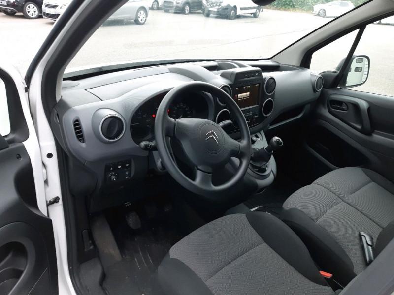 Photo 5 de l'offre de CITROEN BERLINGO XL 1.6 BLUEHDI 100 CLUB à 14490€ chez Carlyss automobiles Vitré