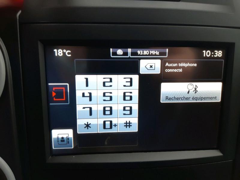 Photo 10 de l'offre de CITROEN BERLINGO XL 1.6 BLUEHDI 100 CLUB à 14490€ chez Carlyss automobiles Vitré