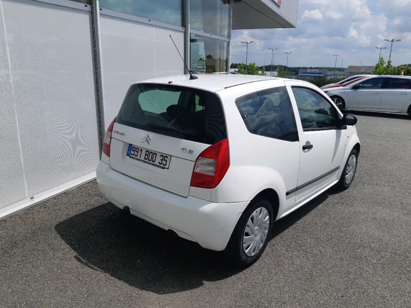 Photo 3 de l'offre de CITROEN C2 1.1I PACK AMBIANCE à 4290€ chez Carlyss automobiles Vitré