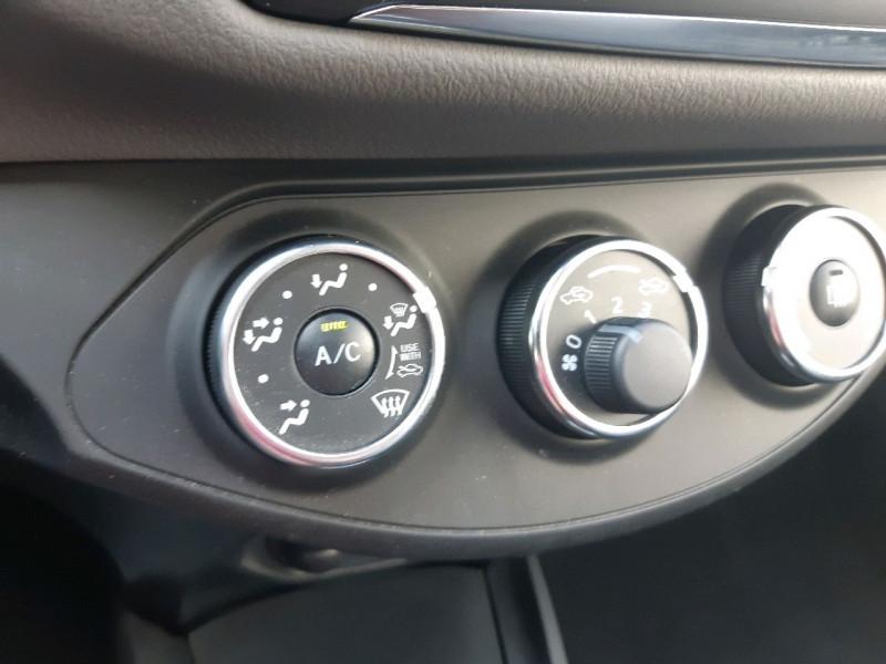 Photo 9 de l'offre de TOYOTA YARIS 69 VVT-I FRANCE 5P à 9990€ chez Carlyss automobiles Vitré