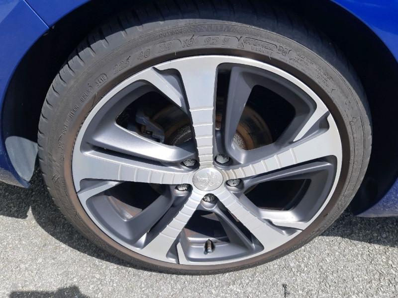 Photo 4 de l'offre de PEUGEOT 308 SW 2.0 BLUEHDI 180CH S&S GT EAT8 à 19490€ chez Carlyss automobiles Vitré
