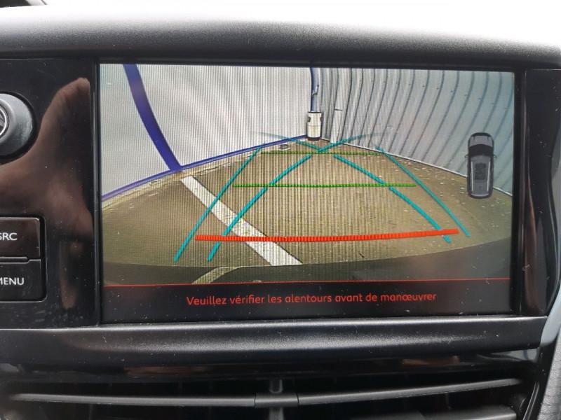 Photo 19 de l'offre de PEUGEOT 2008 1.6 BLUEHDI 120CH GT LINE S&S à 14490€ chez Carlyss automobiles Vitré