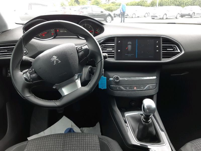 Photo 6 de l'offre de PEUGEOT 308 1.6 BLUEHDI 120CH S&S ACTIVE BASSE CONSOMMATION à 15490€ chez Carlyss automobiles Vitré