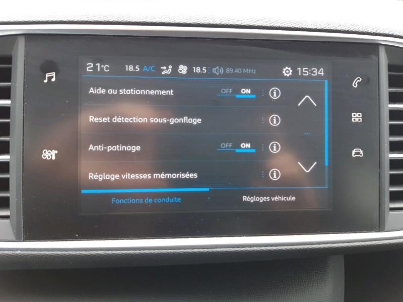 Photo 16 de l'offre de PEUGEOT 308 1.6 BLUEHDI 120CH S&S ACTIVE BASSE CONSOMMATION à 15490€ chez Carlyss automobiles Vitré