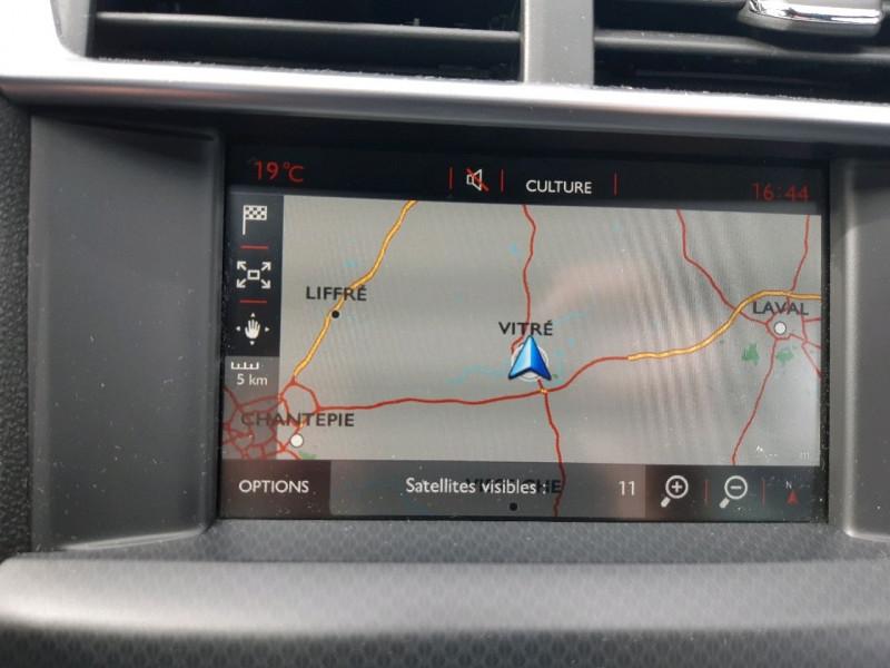 Photo 11 de l'offre de DS DS 4 CROSSBACK BLUEHDI 180 EXECUTIVE S&S EAT6 à 14990€ chez Carlyss automobiles Vitré