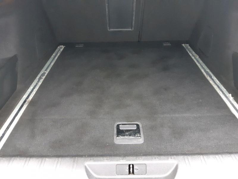 Photo 9 de l'offre de PEUGEOT 308 SW 2.0 BLUEHDI 180CH S&S GT EAT8 à 22490€ chez Carlyss automobiles Vitré