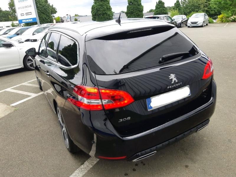 Photo 4 de l'offre de PEUGEOT 308 SW 2.0 BLUEHDI 180CH S&S GT EAT8 à 22490€ chez Carlyss automobiles Vitré