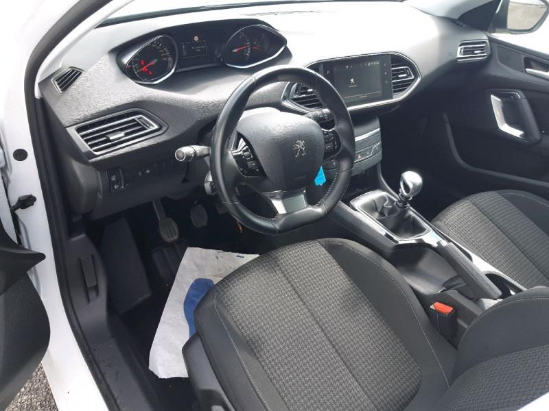 Photo 9 de l'offre de PEUGEOT 308 1.5 BLUEHDI 130CH S&S ACTIVE BUSINESS à 14490€ chez Carlyss automobiles Vitré