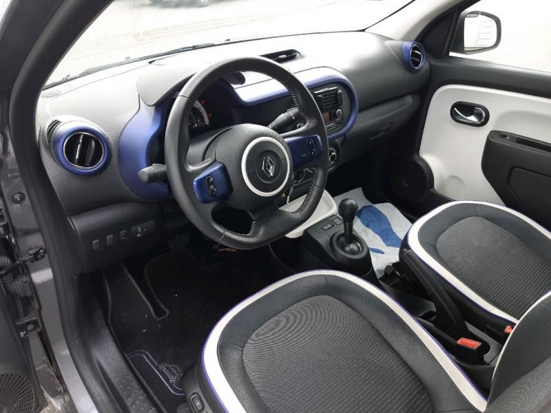 Photo 6 de l'offre de RENAULT TWINGO III 0.9 TCE 90CH INTENS EDC à 10790€ chez Carlyss automobiles Vitré