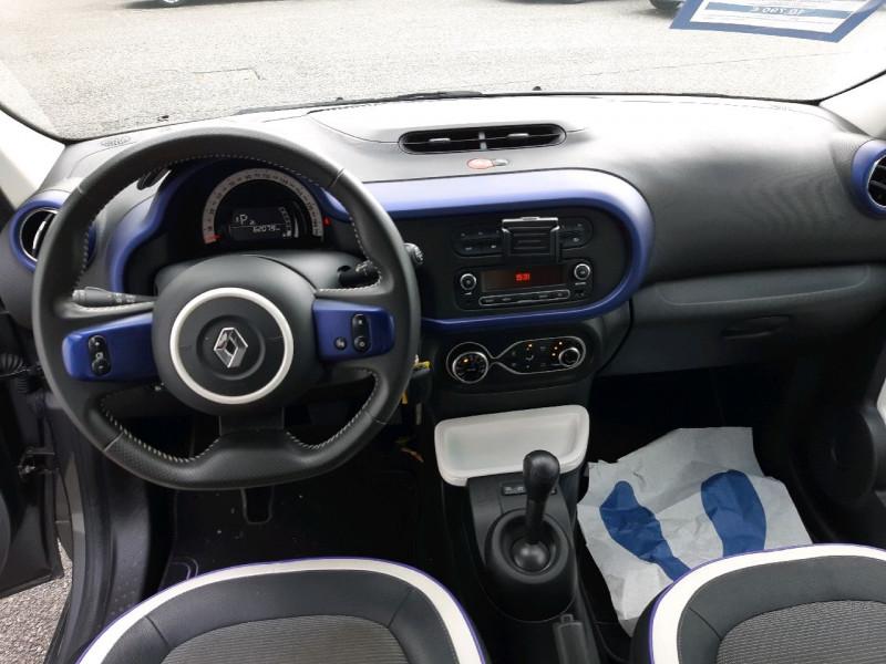 Photo 8 de l'offre de RENAULT TWINGO III 0.9 TCE 90CH INTENS EDC à 10790€ chez Carlyss automobiles Vitré