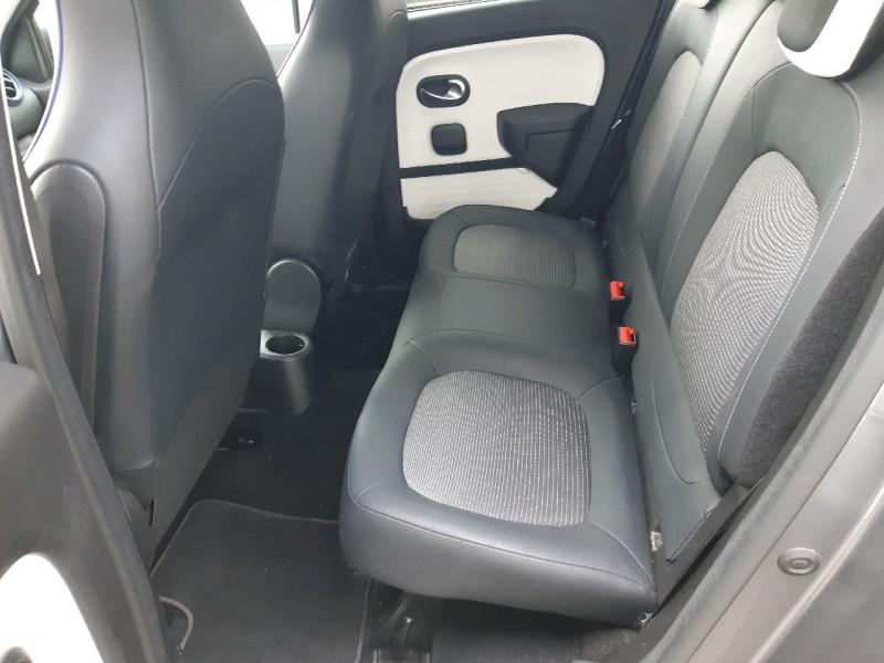 Photo 7 de l'offre de RENAULT TWINGO III 0.9 TCE 90CH INTENS EDC à 10790€ chez Carlyss automobiles Vitré